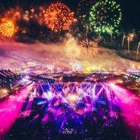 EDC: America's Neo-Firework Show