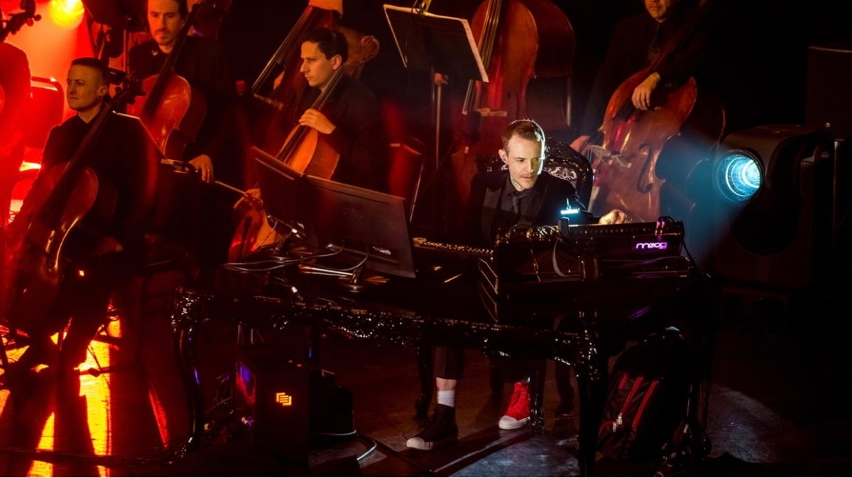 Go to Your Corner, Bros: A Review of Deadmau5 and TIDAL's Orchestral Event